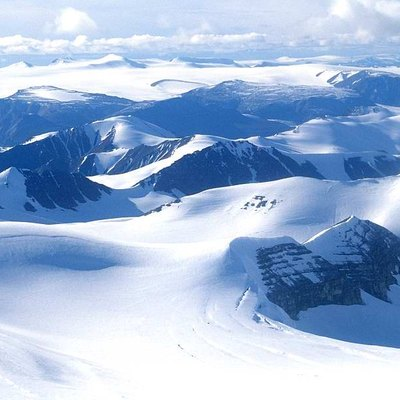 Osborn Range (photographed from Twin Otter), Ellesmere Island, Nunavut, Canada