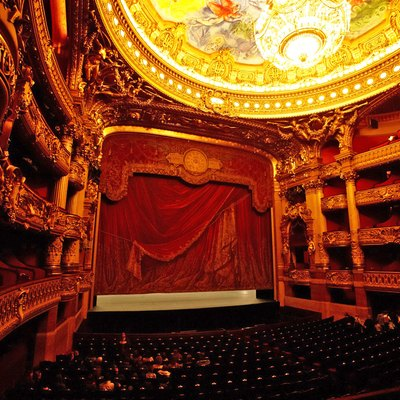 Auditorium and stage of the Palais Garnier
