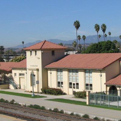 Pomona, California, Southern Pacific station used for Amtrak and as a regional transportation center.