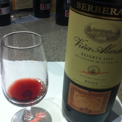 A red Spanish Reserva made mostly from Tempranillo from Rioja