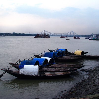 The river Ganges at Kolkata, with Howrah Bridge in the background