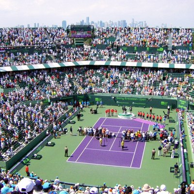 Sony Ericsson Open 2009 Mens Singles Final with Miami in the background.