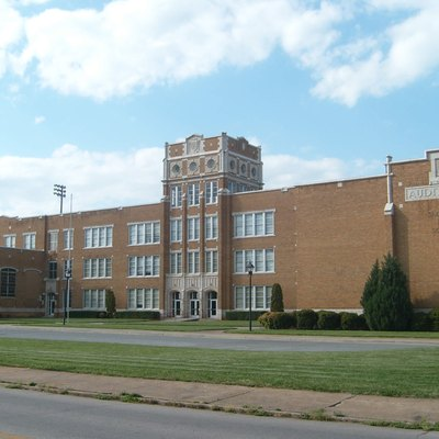 Photo of front entrance to Salisbury High School (Salisbury, North Carolina). Formerly called Boyden High School. On the National Register of Historic Places.