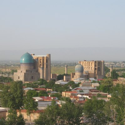 The uzbek city of Samarkand. The big buildings in the center are part of the Bibi Khanym mosque complex.
