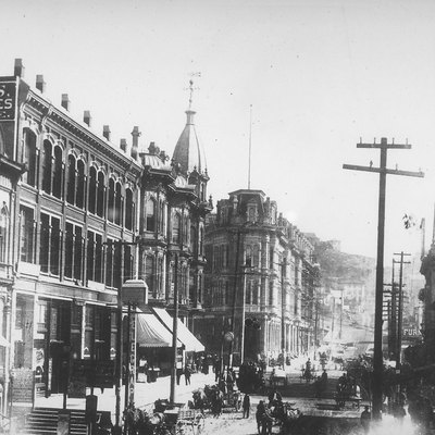 Looking east on Yesler Way, Seattle, Washington, 1887. This is pre-fire; none of the buildings visible here survive.