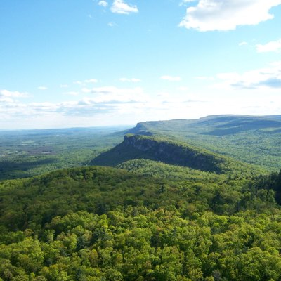 Shawangunk Ridge Visible From Skytop Cliff Tower Near Mohonk Mountain House. The Closer Cliff Is Called The Trapps, The Second (Hardly Visible) Is Near Trapps Cliff And In The Back One Can See Millbrook Mountain. Hudson Valley Visible To The Left.
