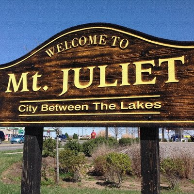 Sign of Mt. Juliet Road (Highway 171) welcoming commuters to Mt. Juliet.