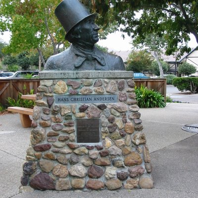 Solvang, California - statue of Hans Christian Andersen