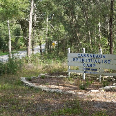 Western entrance to the Southern Cassadaga Spiritualist Camp Historic District, in Cassadaga, Florida
