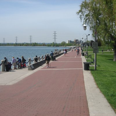 The photo is of Spencer Smith Park in Burlington, Ontario, Canada. The photo was taken by Andrew Lynes, on May 21, 2007. It was taken for use in the Burlington, Ontario and Spencer Smith Park articles.