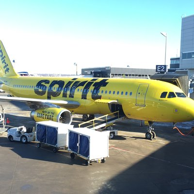 Spirit Airbus A320 N641NK at Minneapolis–Saint Paul International Airport gate E2 prior to boarding at 11:30am on January 2, 2016