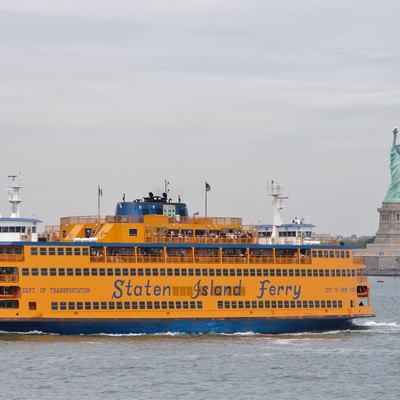 The Staten Island Ferry, which takes 25 minutes one way to travel between Battery Park in Manhattan and St. George on Staten Island, is probably the greatest bargain in New York City, as it offers some of the best views of the harbor and the world-famous skyline, for free.