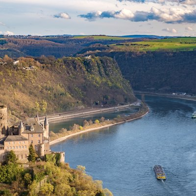 View of the Middle Rhine Valley and Burg Katz, in the background Lorelei
