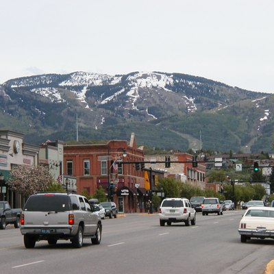 Downtown Steamboat Springs at the end of May; the mountain has still large patches of snow; original title: