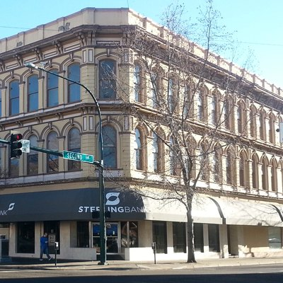 Picture of Sterling Bank building in Downtown Walla Walla