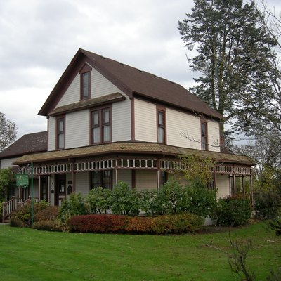 Ryan House, 1228 Main Street, Sumner, Washington, USA. Home to the Sumner Historical Society and its museum; the grounds are a city park. The building has also served as a public library. The house is on the National Register of Historic Places, ID #76001900.