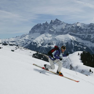 Back-country telemark skiing in France