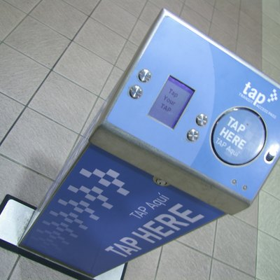 Photo of a TAP machine at a Los Angeles metro station