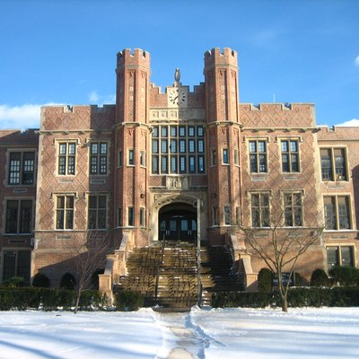 The main entrance to Teaneck High School