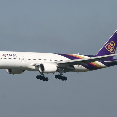 Narita International Airport, Boeing 777-2D7, c/n:27732, Thai Airways