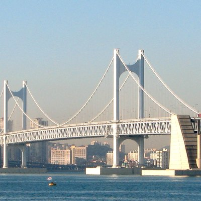 The Gwangan Bridge (広安大橋), Busan, South Korea