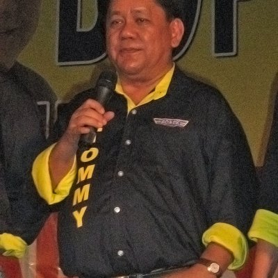 Cebu City Mayor Tomas Osmeña at a campaign rally in Cebu City.