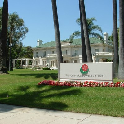 Pasadena Tournament Of Roses, Tournament House With View Of Sign