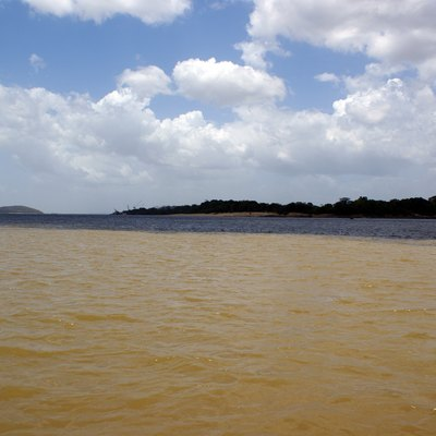 Union of the Orinoco with the Caroní River.