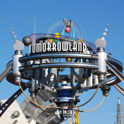 Walt Disney World - Entrance to Tomorrowland