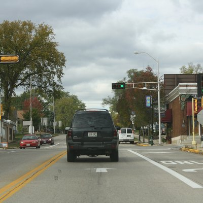 Looking north at the western terminus of w:Wisconsin Highway 157 in w:Onalaska, Wisconsin.
