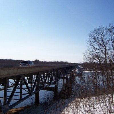 The Wisconsin Highway 82 bridge over the Wisconsin River near Mauston, Wisconsin, USA. Taken March 11, 2007 by myself.