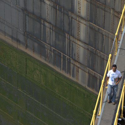 Worker on the Miraflores locks, Panama-Canal, Panama