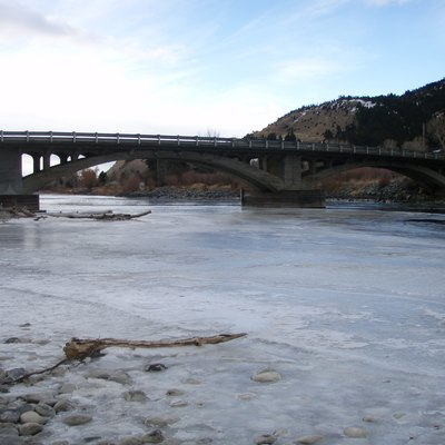 Yellowstone River in January 2008 at Carter's Bridge