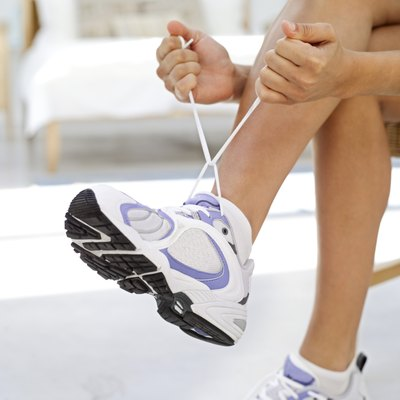 The right shoes can prevent injury for pigeon-toed runners.