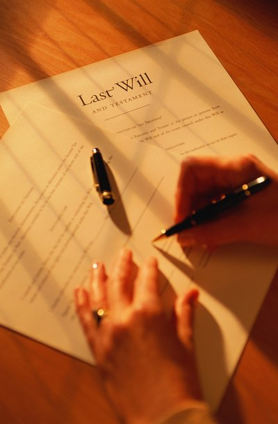 How to Find Out If a Deceased Person Had a Will | LegalZoom