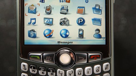 How to Enable Facebook Mobile Places for a BlackBerry
