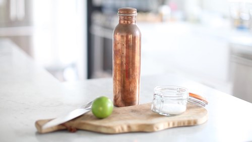 How To Clean Your Copper Water Bottle