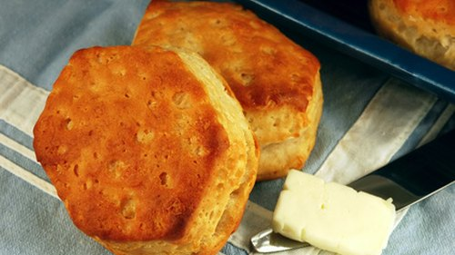 How to Make Homemade Biscuits Less Crumbly