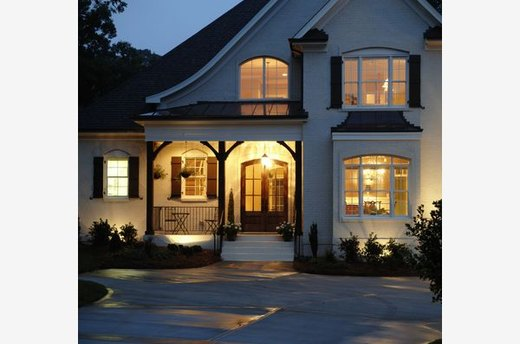 10 Ways to Add Curb Appeal in a Weekend