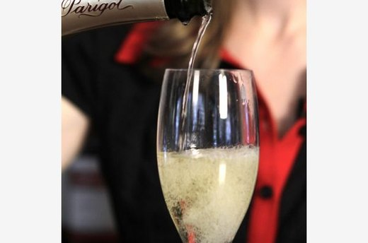 The Skinny on Sparkling Wine