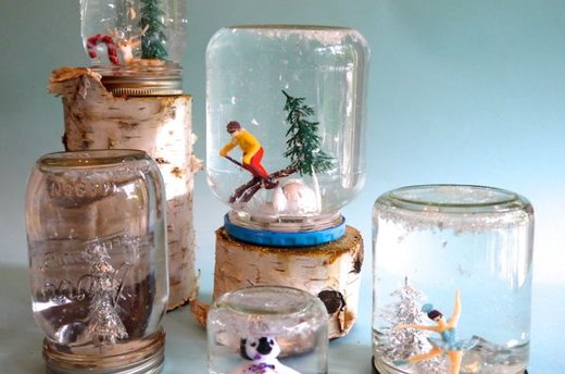 DIY Mason Jar Snow Globes