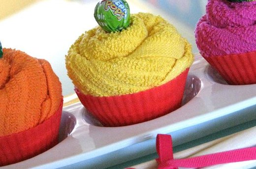 Kitchen Towel Cupcakes