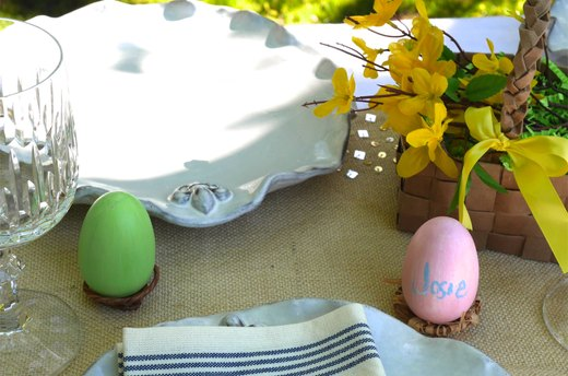 Easy-to-Make Easter Egg Place Cards with Nest Holders