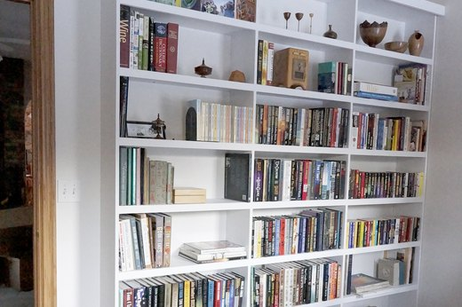 DIY Built-In Book Case