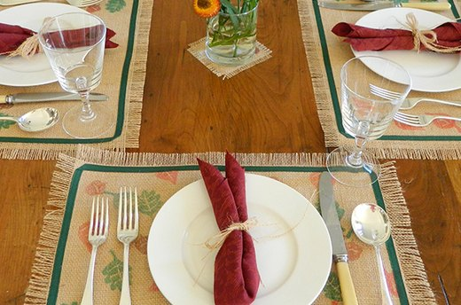 Get Crafty: Fall Leaves Placemats