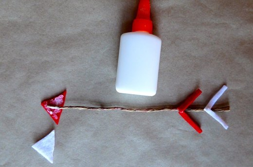 Make an Arrow With Wire and Felt