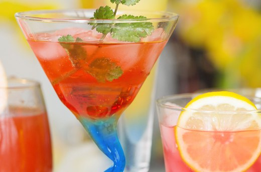 Celebrate Spring with 10 Refreshing Cocktails