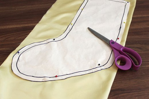 Cut the Lining Fabric