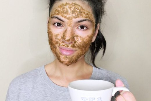 Soothe Your Skin With a Chamomile Face Mask