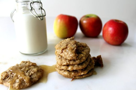 Spiced Apple Oatmeal Cookies